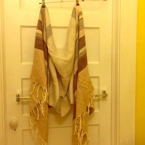 Two-sides scarf/Wrap